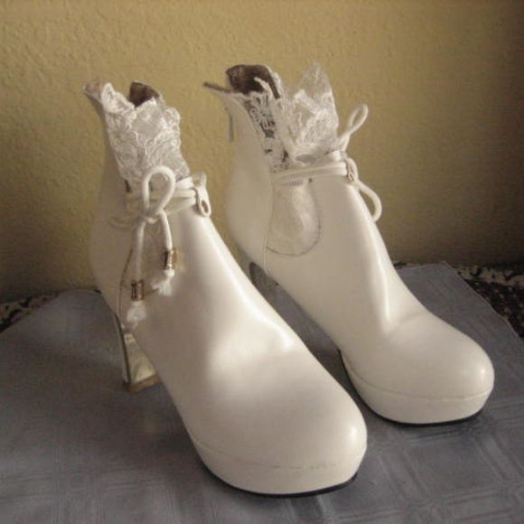 8 Best white winter boots wedding images | White winter